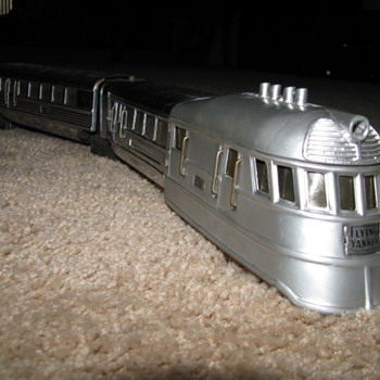 Lionel  Flying Yankee Train