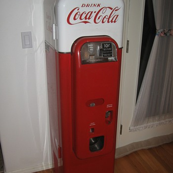 Thought I would show a couple of my things - Coca-Cola
