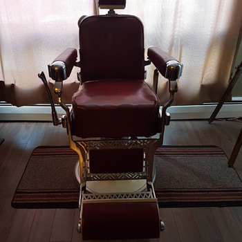 Takara Belmont Barber Chair