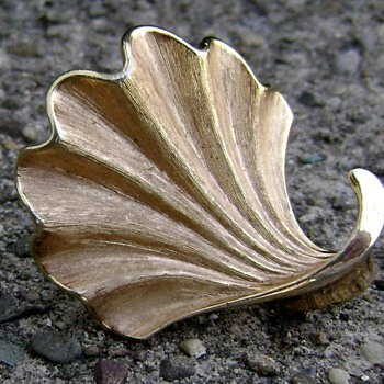 Trifari Brooch - Seashell