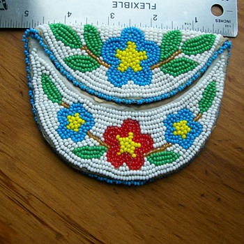 Vintage Native American Beaded Coin Purse  - Native American