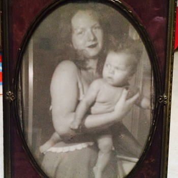 1920s Mother and daughter photograph - Photographs