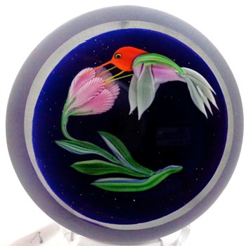 Hummingbird Paperweight Correia Art Glass  - Art Glass