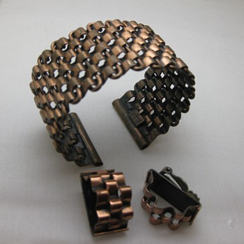 Renoir Basketweave cuff and matching clip earrings - Costume Jewelry