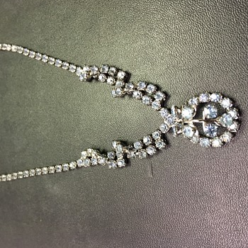 Beautiful Rhinestone Necklace