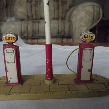 Gas Pumps...ESSO...made by DINKY TOYS