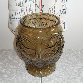 Owl jar. - Kitchen