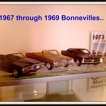 "The Pontiac ""wide track"" Bonneville was a classy, luxurious and powerful car. - Model Cars"