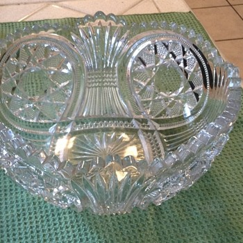 Crystal scallop edge bowl