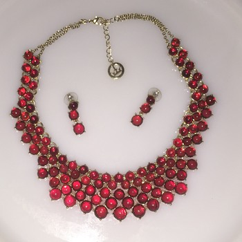 Trifari necklace and earrings - Costume Jewelry