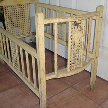 Unusual vintage doll crib