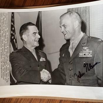 JOHN GLENN autograph Photo