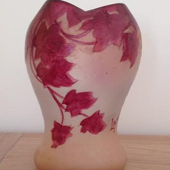 "Legras vase ""Rubis"""