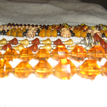 1920's glass beads - Costume Jewelry