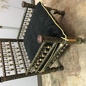 King tut chair?