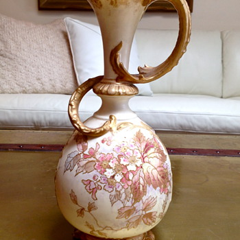 Bon Mots for A Royal Bonn Porcelain Vase - Art Nouveau