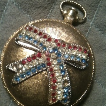 Mirror Compact Pendant with Powder - Fine Jewelry