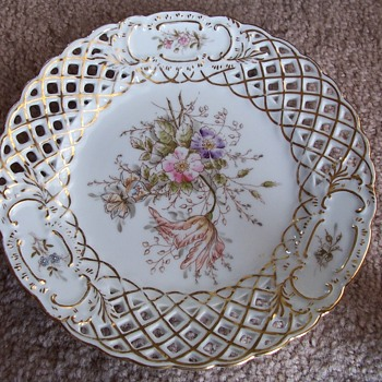 """Reticulated 6"""" Plate Stamped 5633 - China and Dinnerware"""
