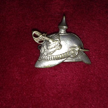 kaiser helmet with pin