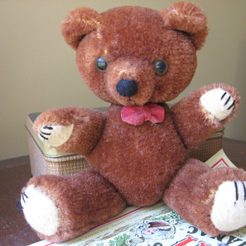 Maker of this Teddy Bear/Year