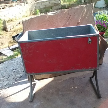 Im looking for decals, lid and cap catcher for this model 183 cooler - Coca-Cola