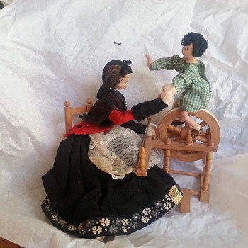 Nistis Woman Weaving with Child Doll - from Spain 1950's