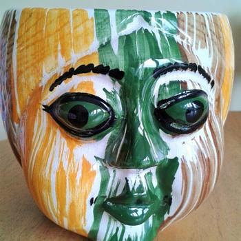 A Pot :-) Devon Ware ? - Pottery
