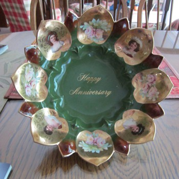 "R. S. Prussia portrait/commemorative bowl ""Happy Anniversary"""