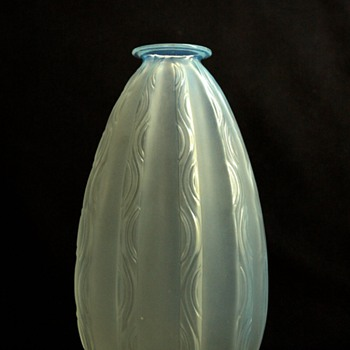 nice  french art deco glass vase ONDULATION by MARIUS ERNEST SABINO