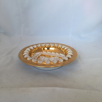 Italian Gold and White Ashtray - Tobacciana