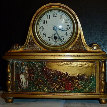 Very unique mantel clock - Clocks