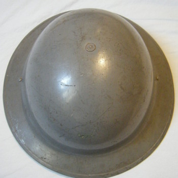 Dutch reissued British MK2 helmet WWII??