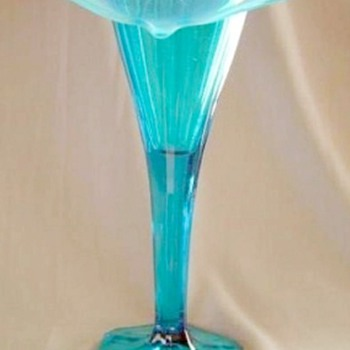 Dugan Opalescent Etched Jack In The Pulpit Vase Possibly Rare - Art Glass