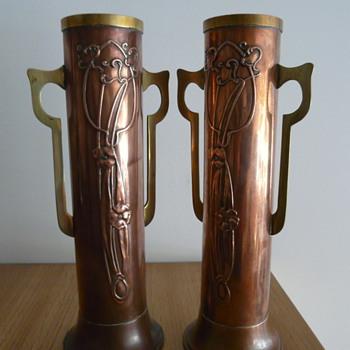BELDRAY ENGLAND COPPER/BRASS NOUVEAU VASES - Art Nouveau