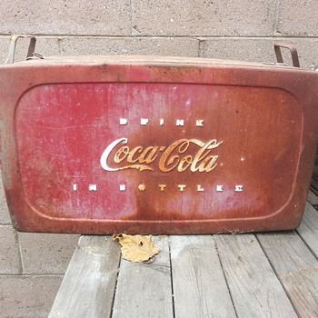 grandpas old ice cooler - Coca-Cola