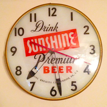 Sunshine Premium Beer Clock - Breweriana