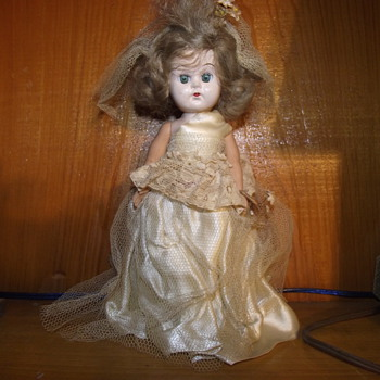 Old Arkansas Estate Doll....Need help with indentifying - Dolls