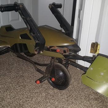ROTJ Speeder Bike Pedal Car  (1983) by Huffy/Kenner - Toys