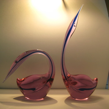 Pair of signed Cenedese Neodymium glass birds