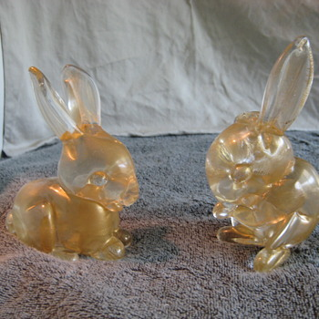 A pair of Seguso gold bunnies
