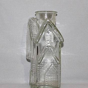 GLASS BOTTLE SHAPED LIKE A COTTAGE - Bottles