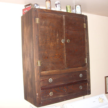 depression era hanging pie / jelly cupboard - Furniture