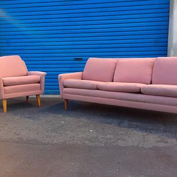 My thrift store find! - Furniture