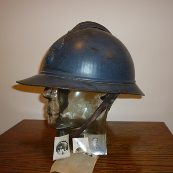 French infantry M15 Adrian helmet, WWI - Military and Wartime
