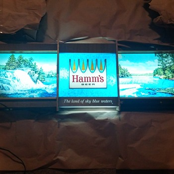 Hamm's Rippling Water Sign - Breweriana