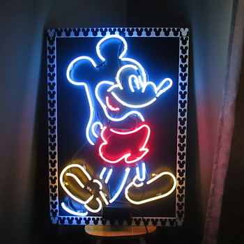 Neon Mickey - Signs