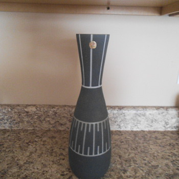 Flygsfors Sweden Mid-Century vase - Mid-Century Modern