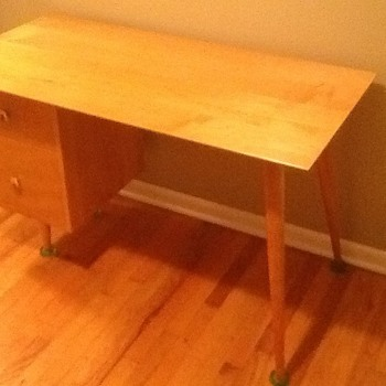Paul McCobb Mid Century Desk