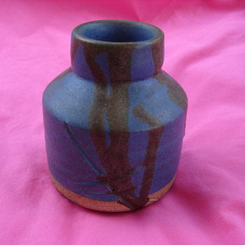 Beautiful Native American Vessel Unknown Makers Mark - Native American