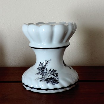Black  transferware pedestal bunny rabbits  - China and Dinnerware
